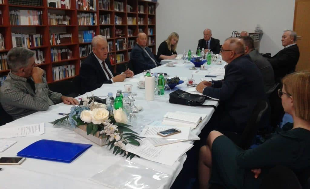 Asocijacija rektora privatnih Univerziteta zalaže se za ravnopravnost i transparentnost u sustavu visokog obrazovanja u BiH.